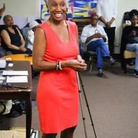 Our fabulous workshop moderator and NAMI Urban LA's Social Media Coordinator, Monique Ruffin.