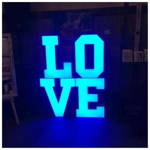 Napis LOVE 70cm MODERN LED