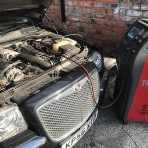 Air conditioning diagnosis, re-gas, repairs and servicing