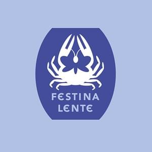 The Paideia symbol is inspired on a coin form the time of Roman emperor Augustus, depicting a crab and butterfly with the quote 'Festina lente' meaning 'Make haste slowly'.