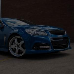 Holden-Commodore-PDXX-SVFR-20''-Silver-alloy-wheel-Kumho-tyre-front-wide-angle-shot-february-20''