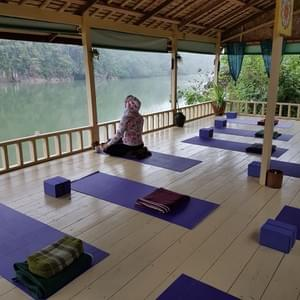 http://www.laosyogaretreats.com/about-us.html