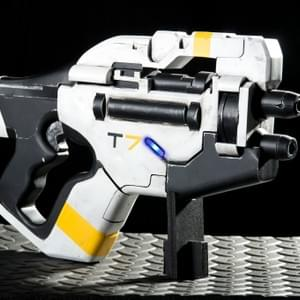 M-358 Talon Heavy Pistol - Mass Effect