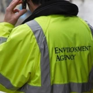 Oil leak reporting. Environment Agency