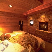 Lakeside Cottage Bedroom