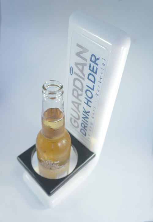 GUARDIAN® DRINK HOLDER