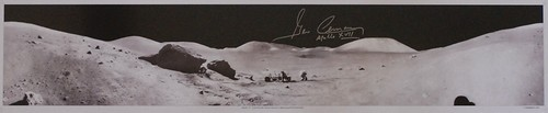 Apollo 17 : Gene Cernan signed panoramic photo