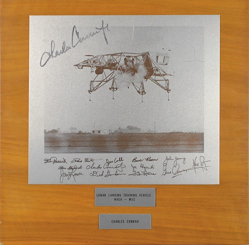 Apollo 12 : Charles Conrad metal image Lunar Landing Vehicle