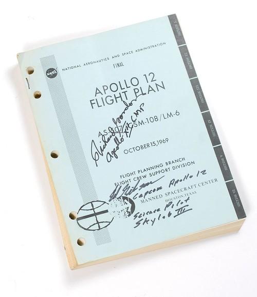 Apollo 12 : Richard Gordon Signed Flight Plan