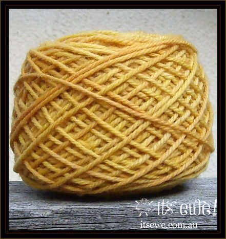 'Citrus'. Natural plant dyed merino 5 ply dual tone yarn