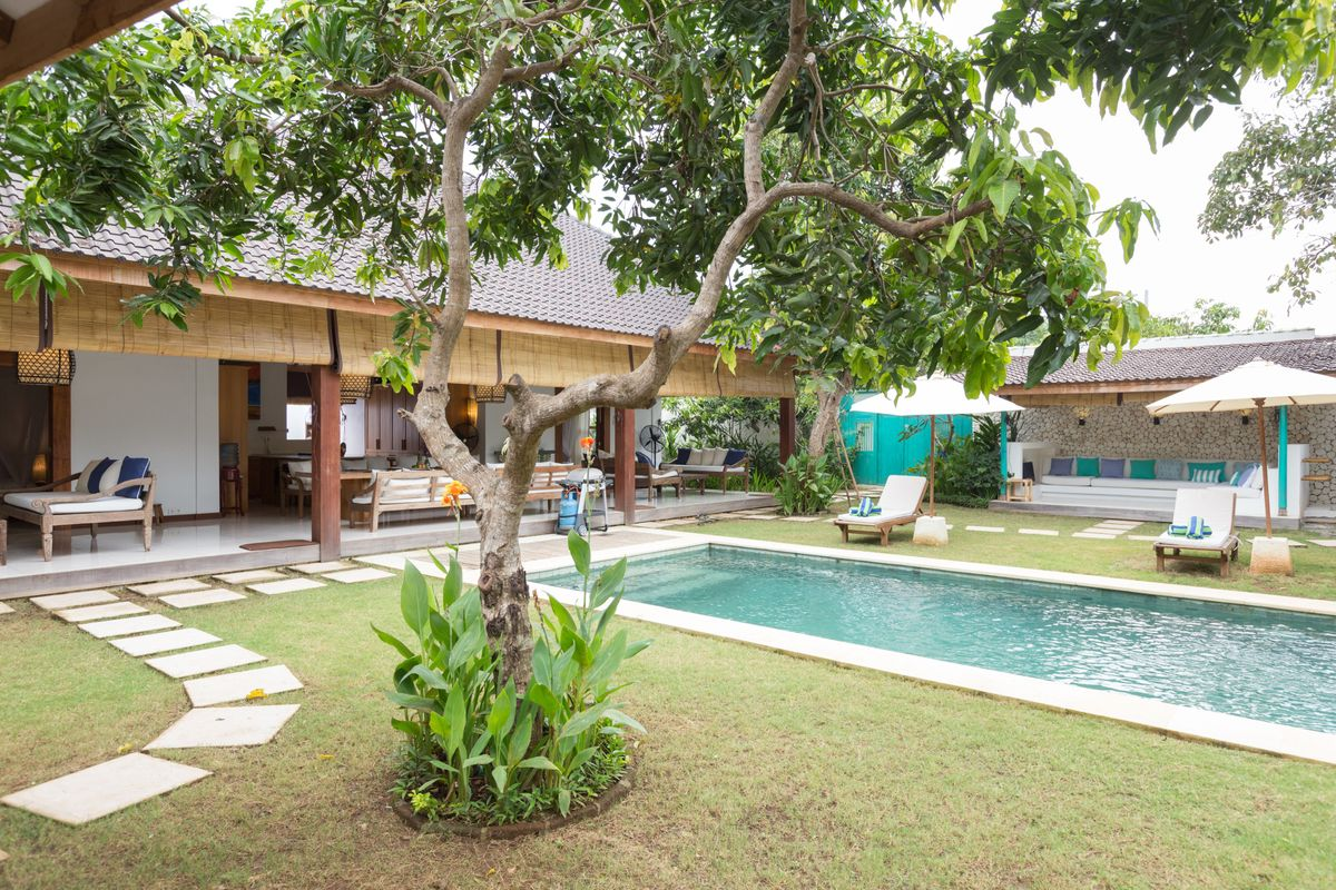 Bingin luxury villa by the beach. Near to Uluwatu and Padang Padang beach.
