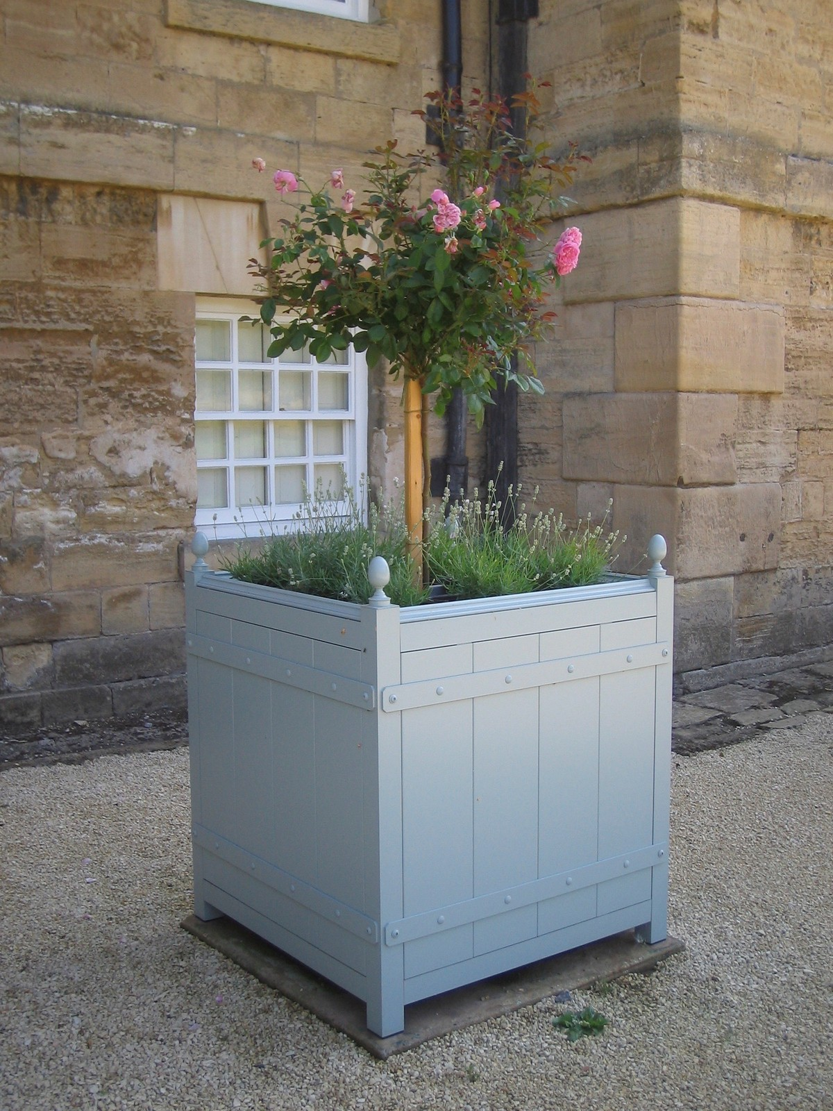 Bespoke No.9 Versailles planter with detachable panel, 100% aluminium body, stainless steel fixings, brass finials