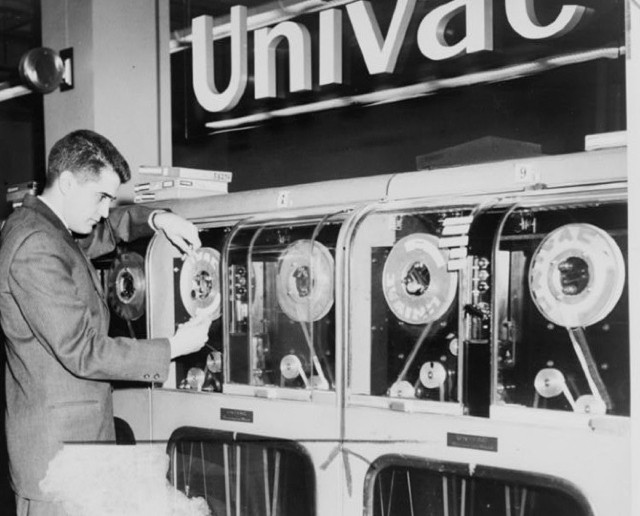 Univac computer predicts a winning horse, 1959 (Library of Congress)