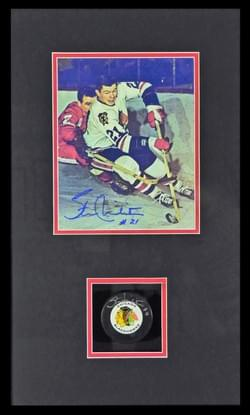 STAN MIKITA - SIGNED PHOTO and PUCK