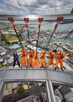 Sky Walk. Auckland's Sky Tower.