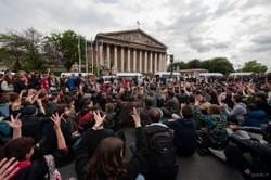 2016-05-12 France Paris #nuitdebout devant l'Assemblée Nationale #loitravail #49-3