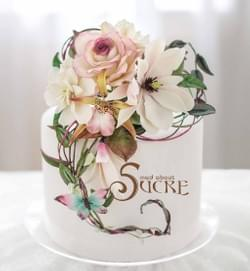 Mad About Sucre - Hand Bouquet Anniversary cake