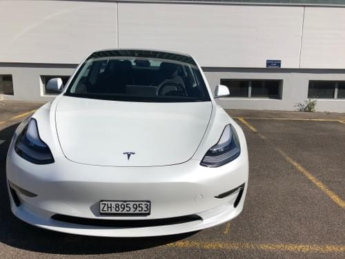 2020 Tesla Model 3 - Perla - available July 15th - 23rd