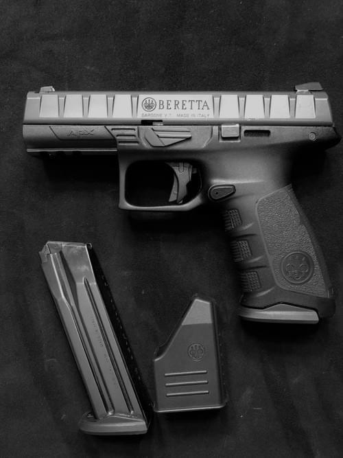 BERETTA APX, calibre 9x19