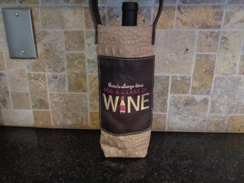 Small wine tote.
