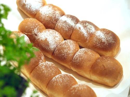 ミルクのちぎりパン(3本入り)【冷凍発送】