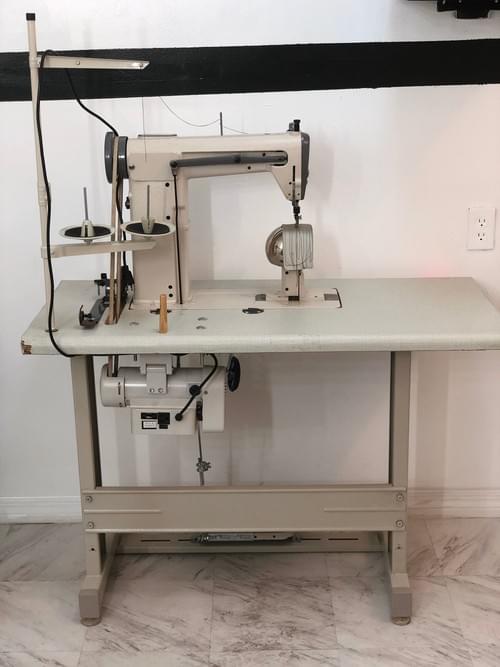 Wig machine
