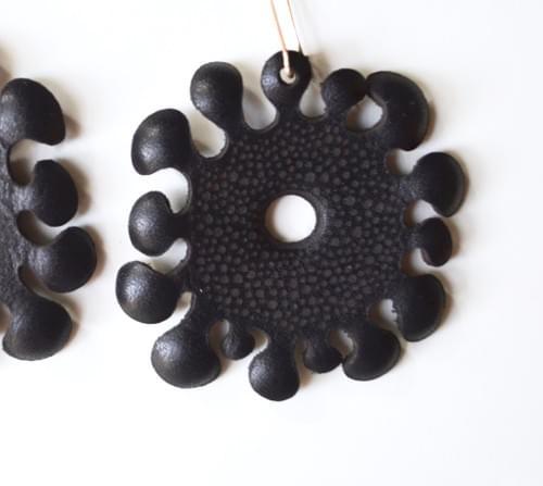 earrings seaweed B