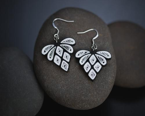 Hira - Diamond/ Diamond Earrings/ Black Earrings/ Quilling/ Earrings/ Quill Earring/ Paper Earrings