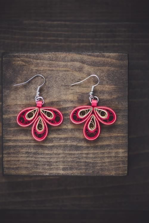 Pijjara - Rose/ Red Earrings/ Quilling earrings/ Paper Earrings/ 1st Anniversary gift/ Earrings