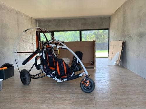 Fly Products LUNA LIGHT Trike -Only 5 Hours Flying time!