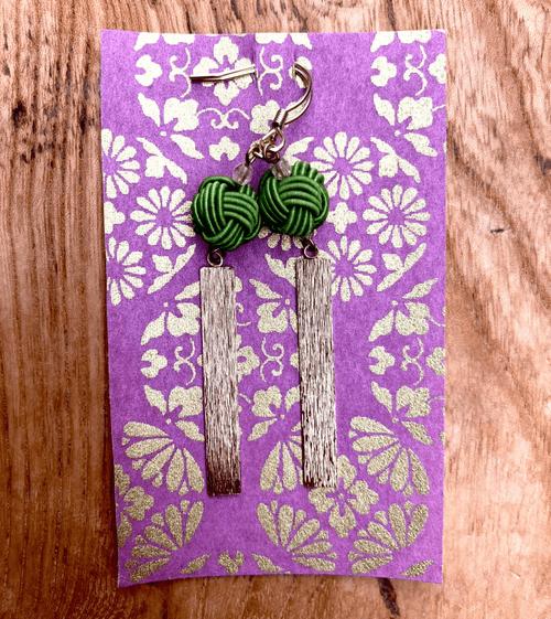舞妓びら Maiko-bira ピアス Earrings  (うぐいすuguisu-green)