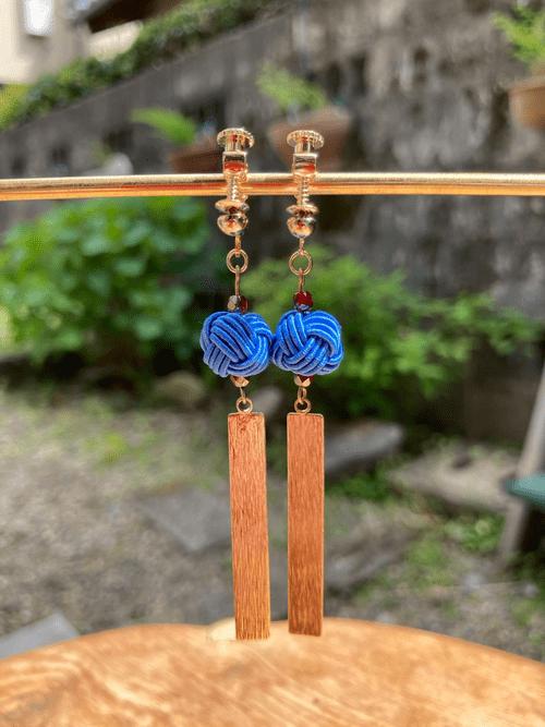 舞妓びら Maiko-bira イヤリング Clip on earrings (青blue)