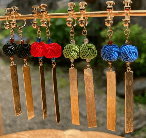 舞妓びら Maiko-bira イヤリング Clip on earrings (うぐいすuguisu-green)