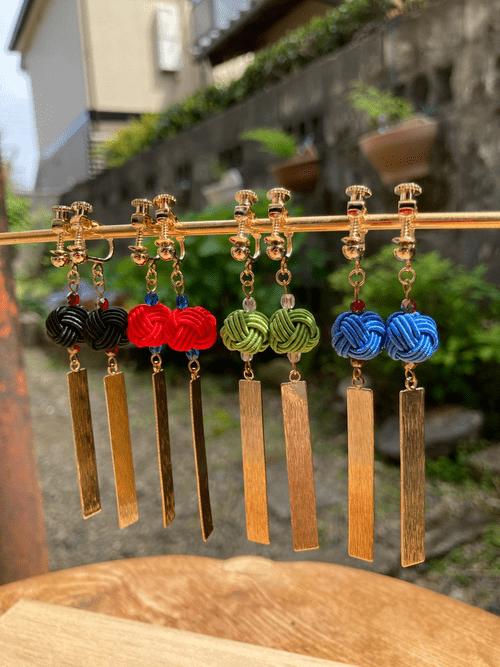舞妓びら Maiko-bira イヤリング Clip on Earrings (黒 black)