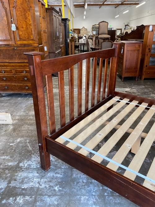 Pottery Barn Kendall Craftsman Style Full Size Wood Bed Frame