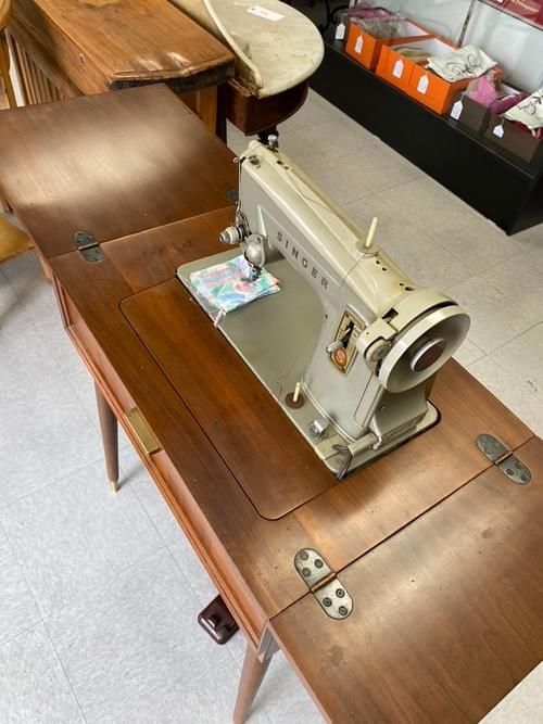 Vintage Mid-Century Modern Singer Sewing Machine & Table