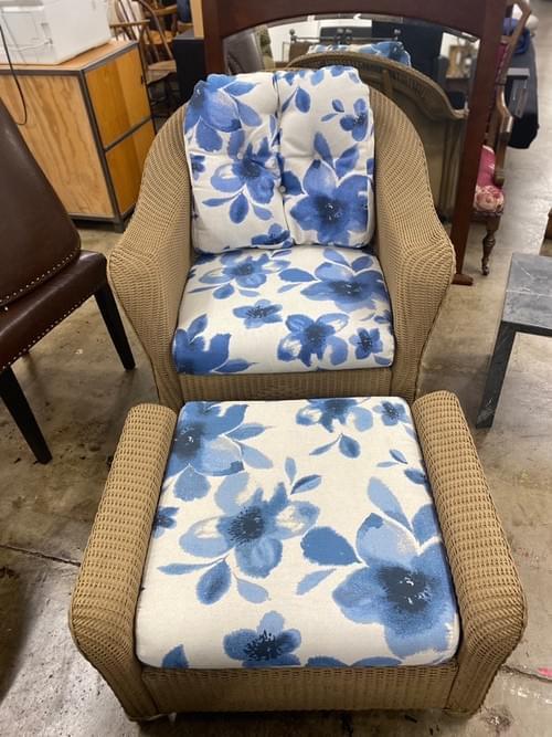 Lloyd Flanders Outdoor Chair & Ottoman