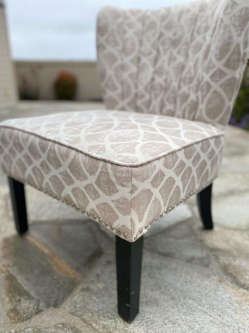Transitional Accent Nailhead Armless Chair