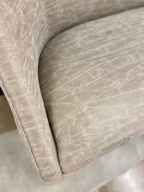 Verellen Double Seat Barstool in Leather