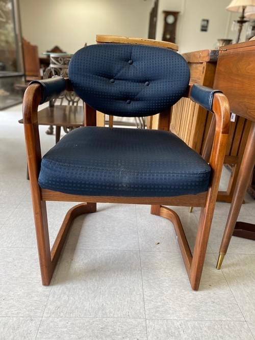 Vintage MCM Mid Century Modern Side Arm Chair