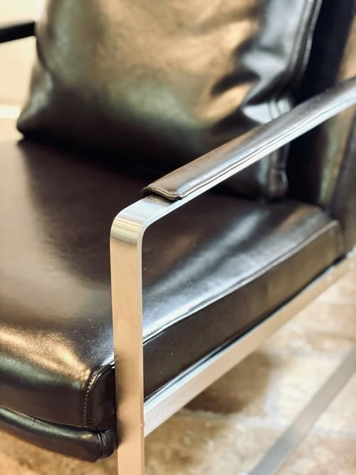 LEMAN LOUNGE CHAIR WITH BRUSHED STEEL FRAME by Camerich