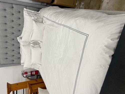 Restoration Hardware Hotel Queen Bedding