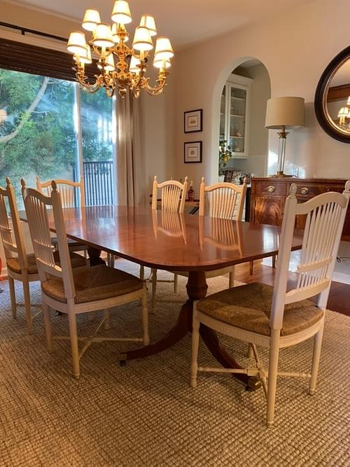 Traditional Hickory Chair Co Duncan Phyfe Banded Mahogany Dining Table & Chairs
