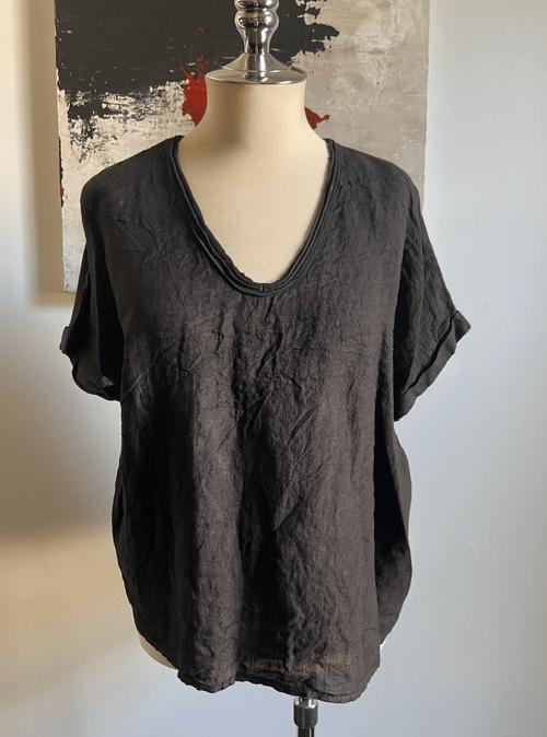 Black linen V neck Tee