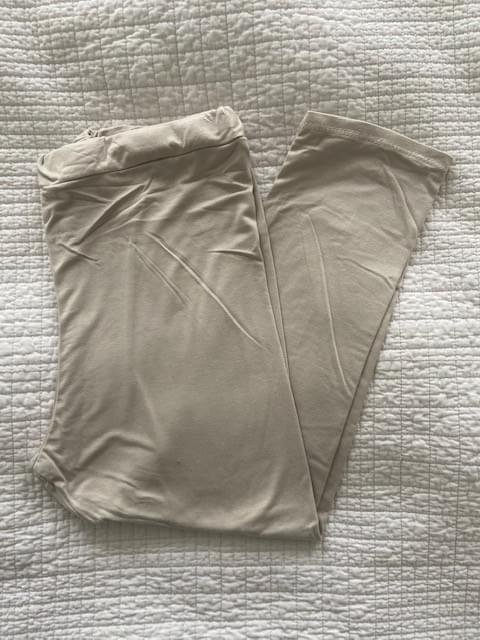 Sand Capri leggings