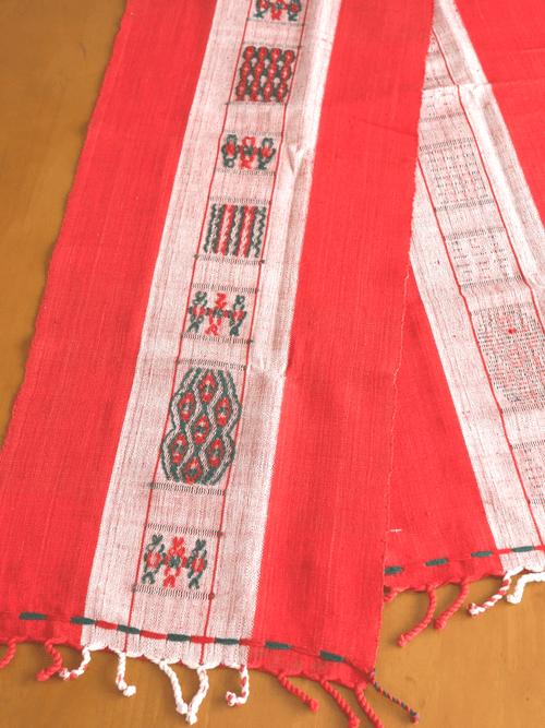 チン族の手織り布
