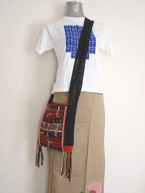 アカ族のショルダーバッグ ab014