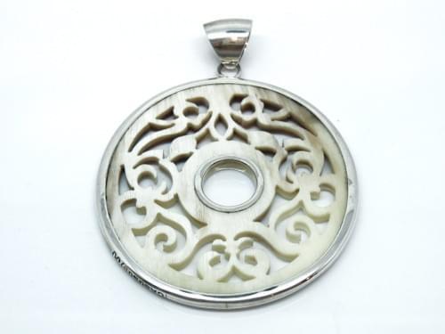 Spanish Pendant