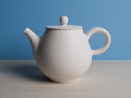 Handmade Porcelain Teapot by Bai Sheng-yu (#PSY0001)