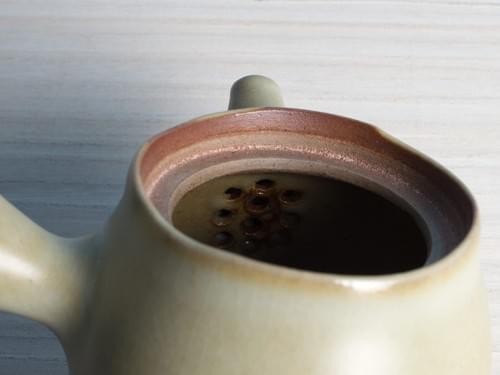 白勝宇上釉陶土側把茶壺(CSY0003)